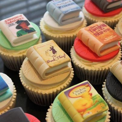 Book cupcakes by Victoria's Kitchen
